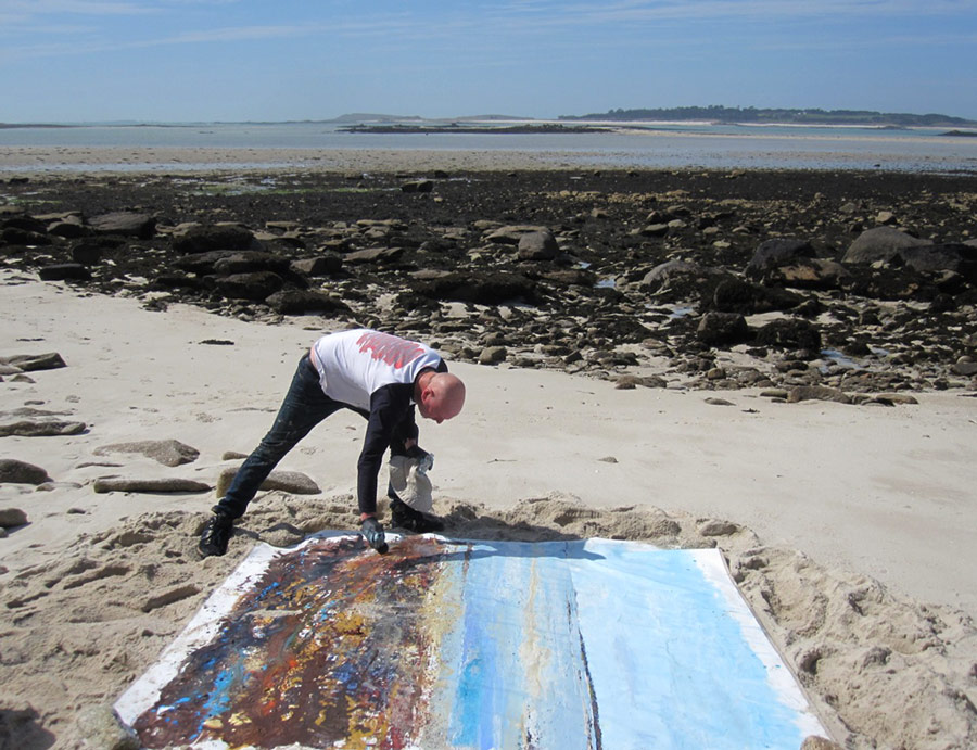 Kurt Paints on Scilly.
